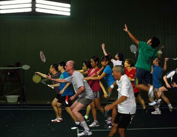 sportshouse-badminton-play-fun